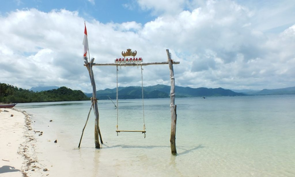 Pengalaman Berkunjung Ke Pulau Pahawang Yang Eksotis